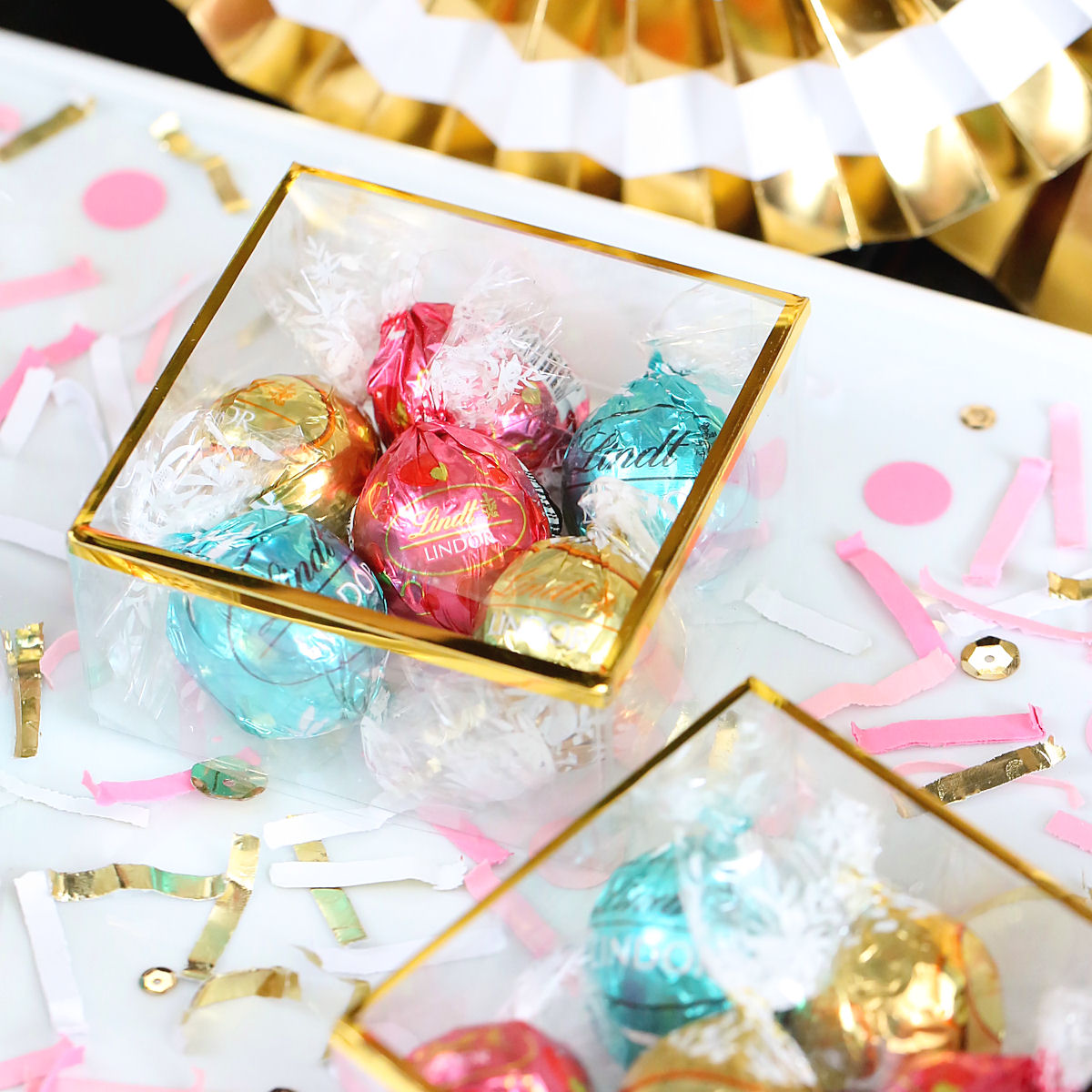 creative-diy-wedding-ideas-spring-lindt-chocolates.jpg