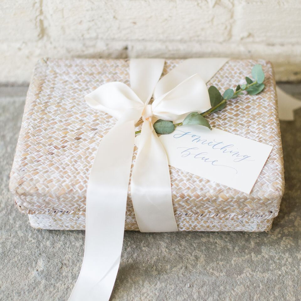 something-blue-bridal-gift-sets-garter-girl-2.jpg