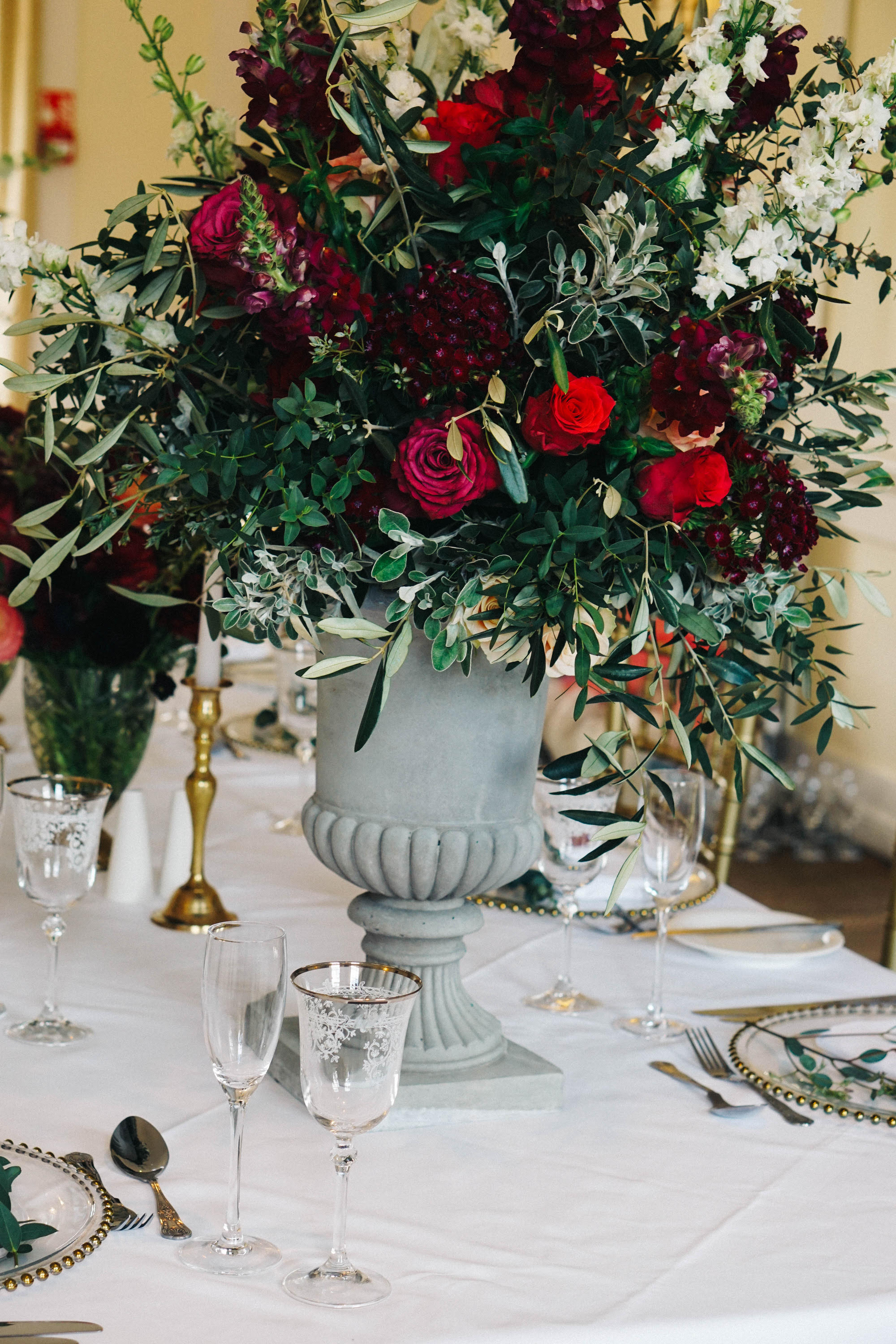 uk-green-red-rich-wedding-centerpiece-lily-lavender-events.jpg