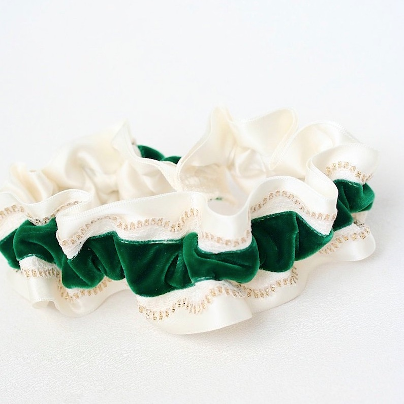 wedding-garter-colors-green.jpg