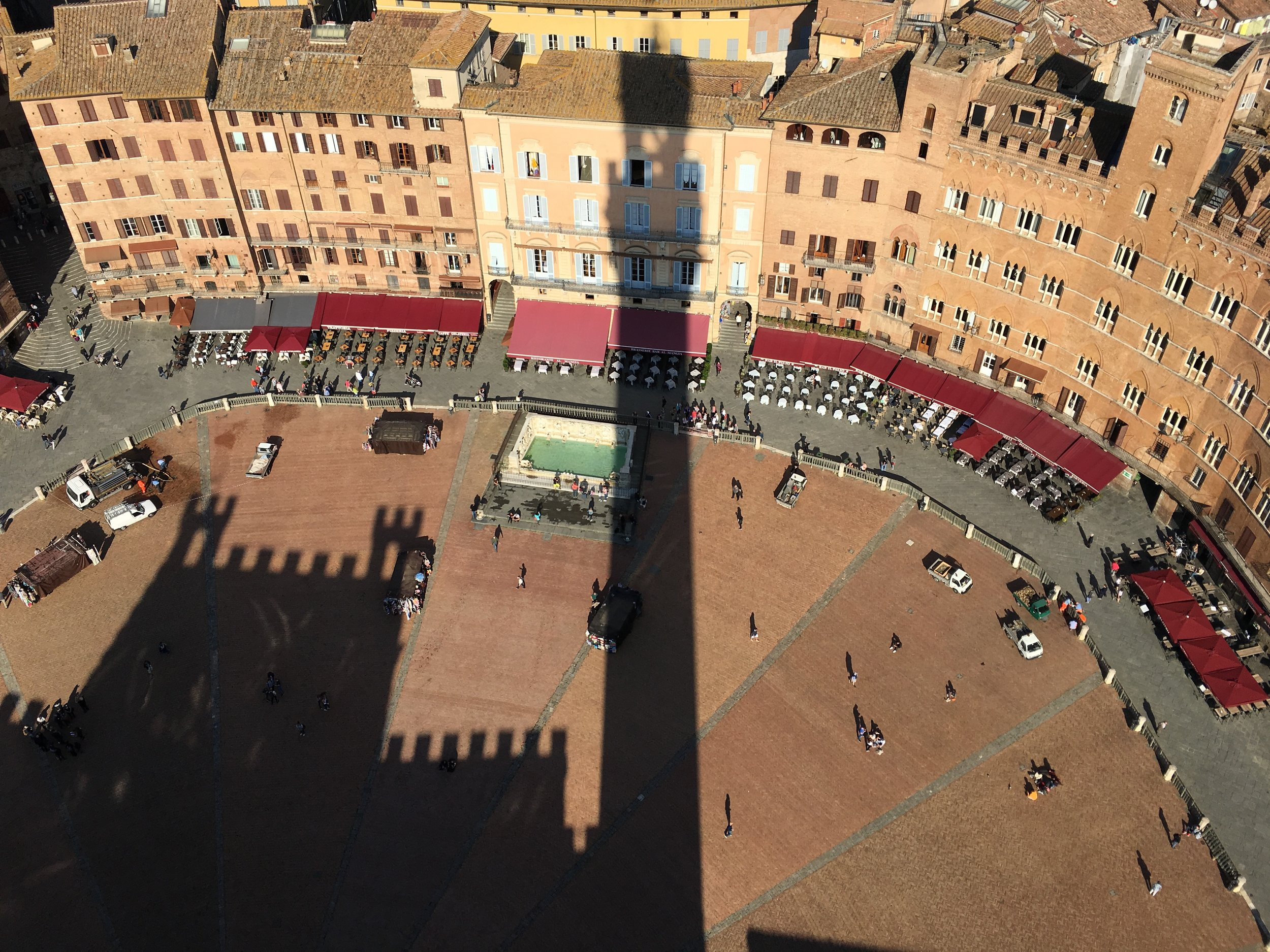 Piazza del Campo from 100m up