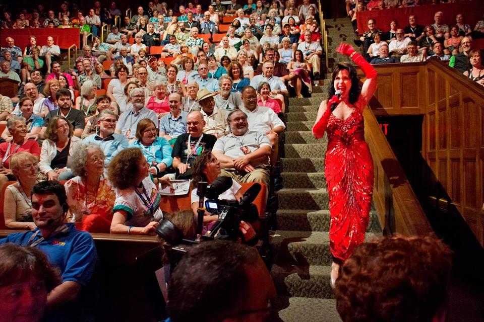 Julie Jules sings with the crowd