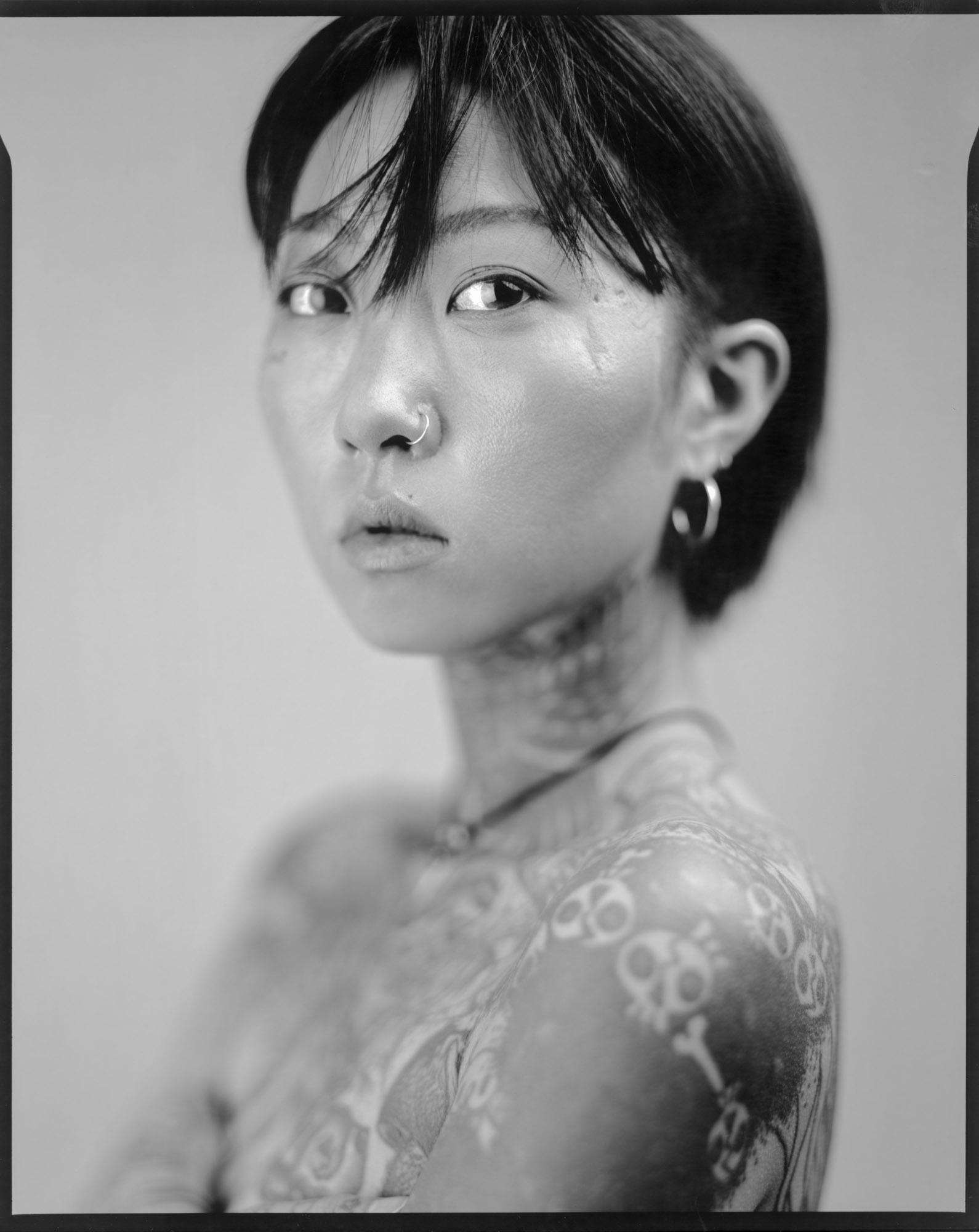 tattooist-korea-810091.jpg