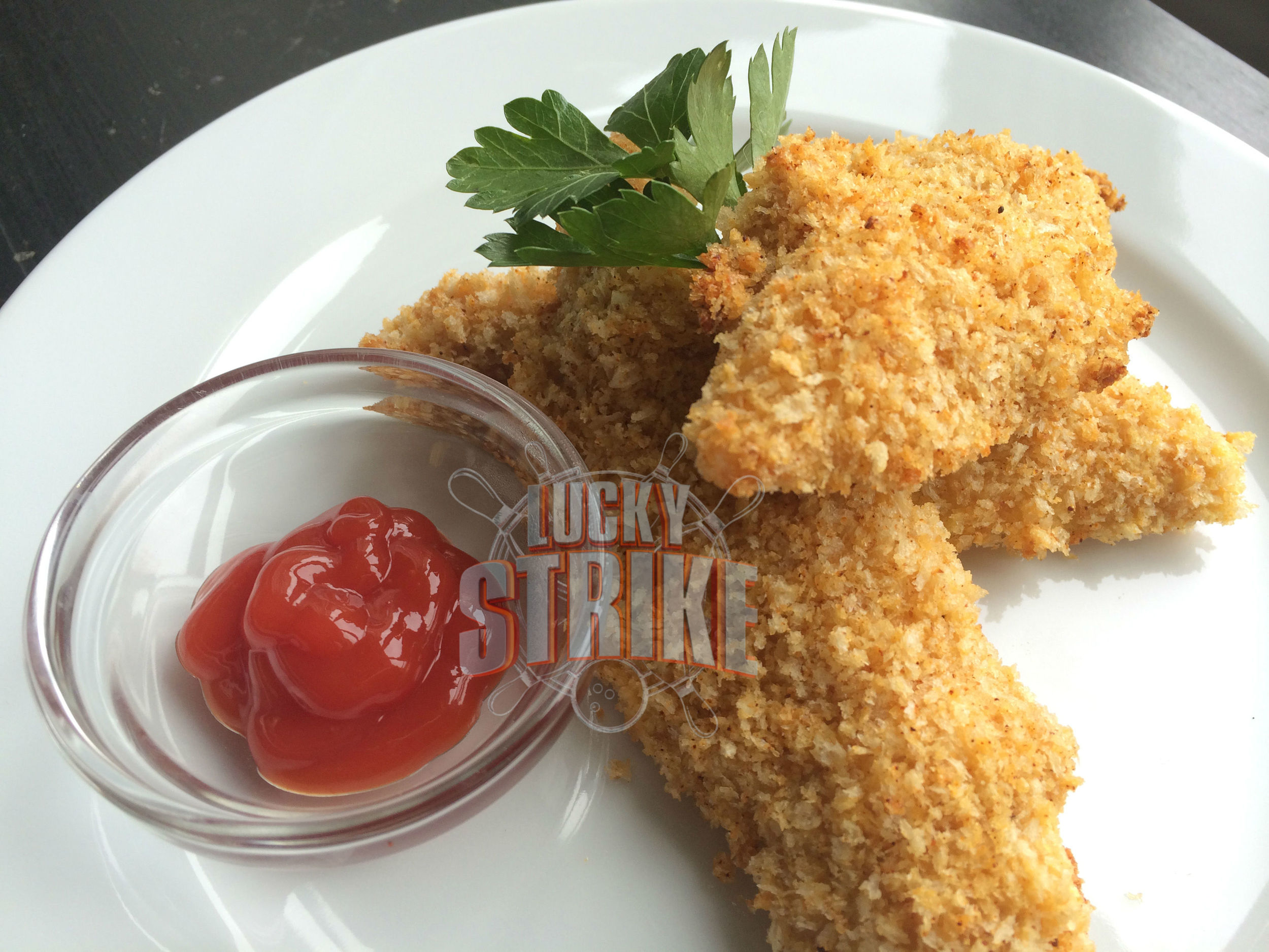 CHICKEN TENDERS                                                      15  Tender, crispy and juicy fried chicken breast served with ranch & hot sauce