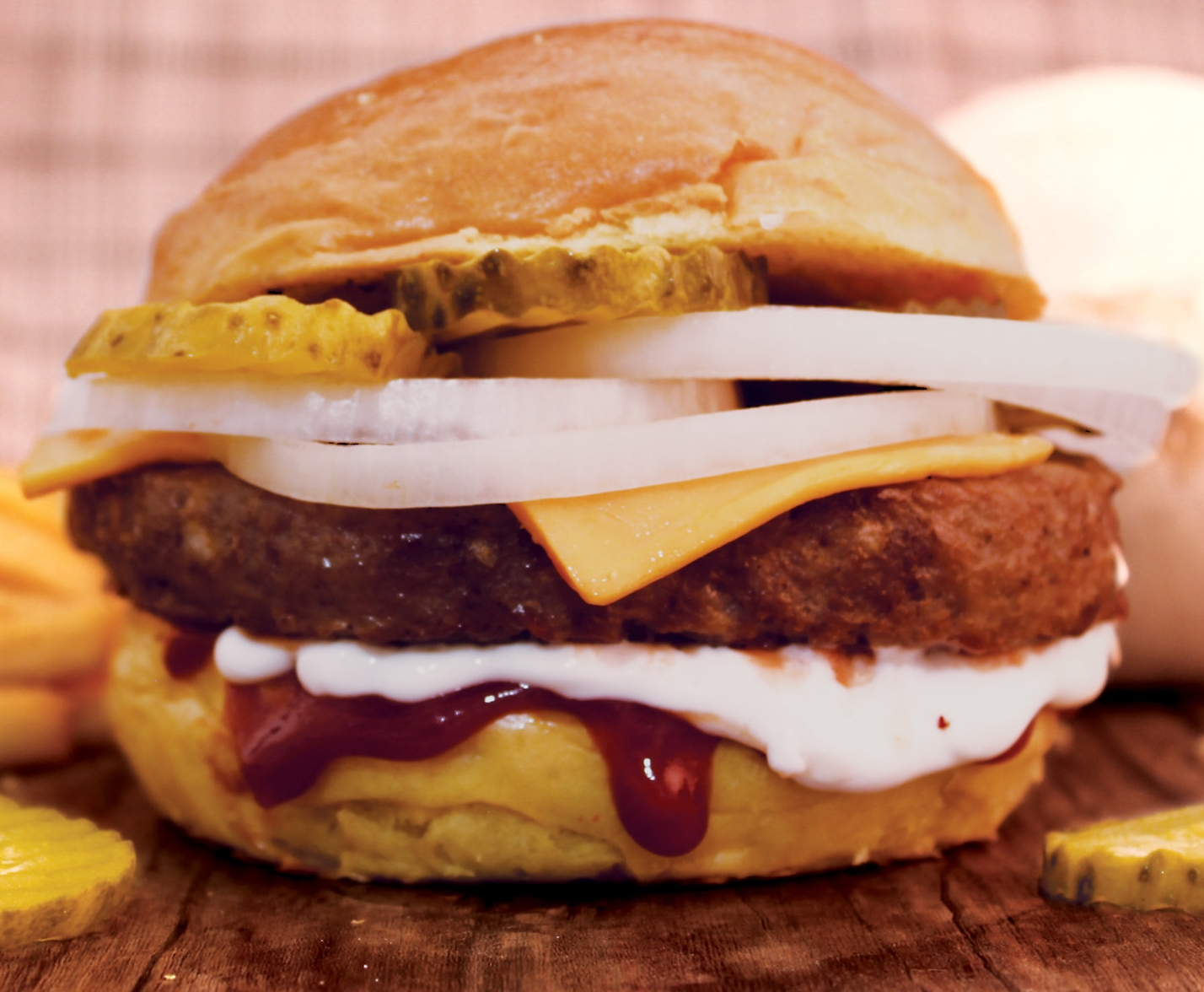 OLD SCHOOL BURGER                      39    Prime ANGUS beef patty, melted cheddar cheese, mayo, ketchup, white onion &pickle