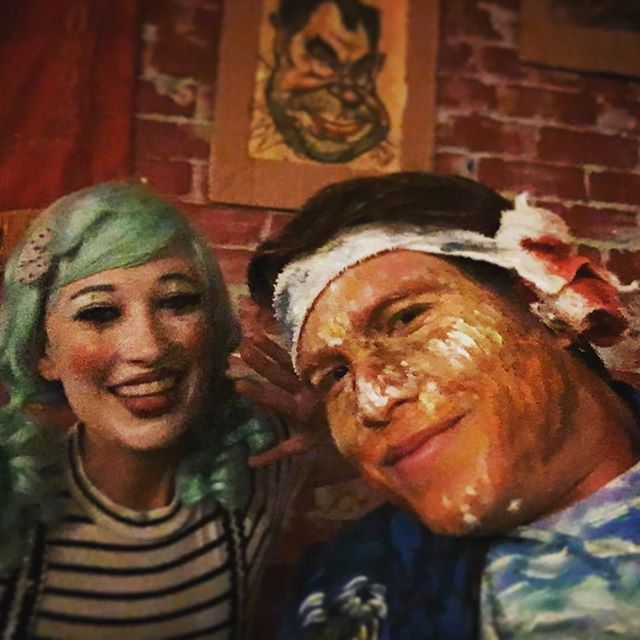 Vincent Van Gogh and a mime walk into a bar...