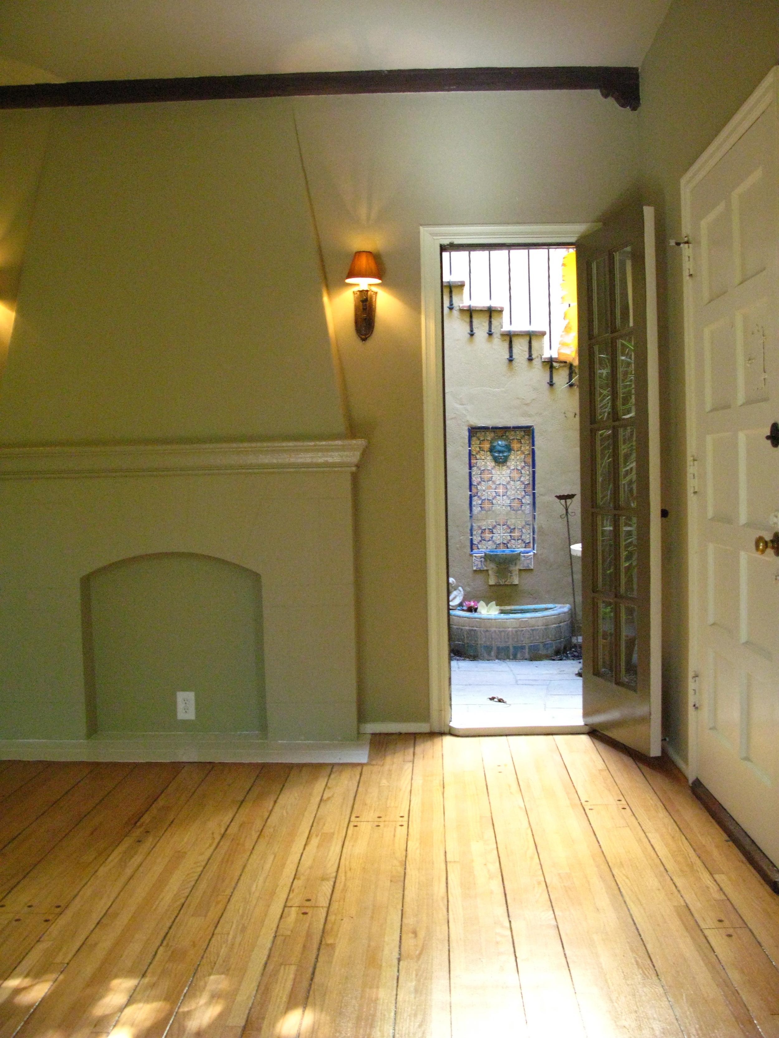 Casita on Sycamore! 1 Bedroom @ $2,395*