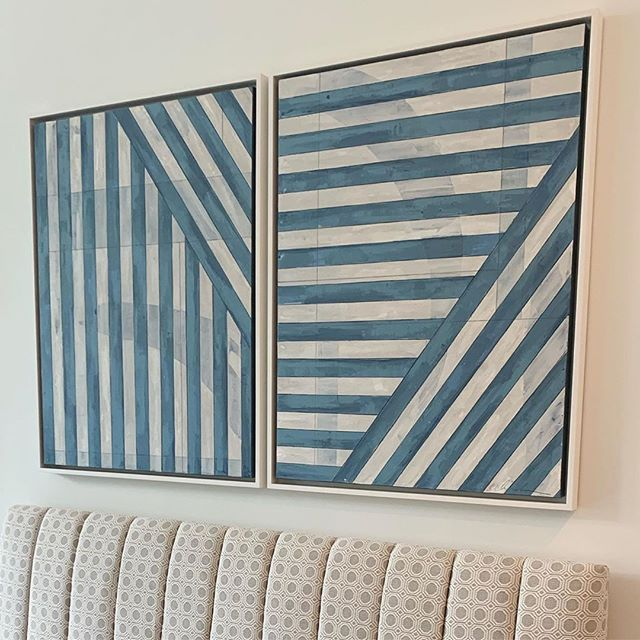 I mean, stripes! Gorgeous art by @eclarkart commissioned by @elementstyle for one of her current projects. 💙💙💙⠀⠀⠀⠀⠀⠀⠀⠀⠀ ⠀⠀⠀⠀⠀⠀⠀⠀⠀ #art #stripes #blueandwhite #editedstyle #interiorstyling #interiordesign #kitchen #kitchensofinsta #bench