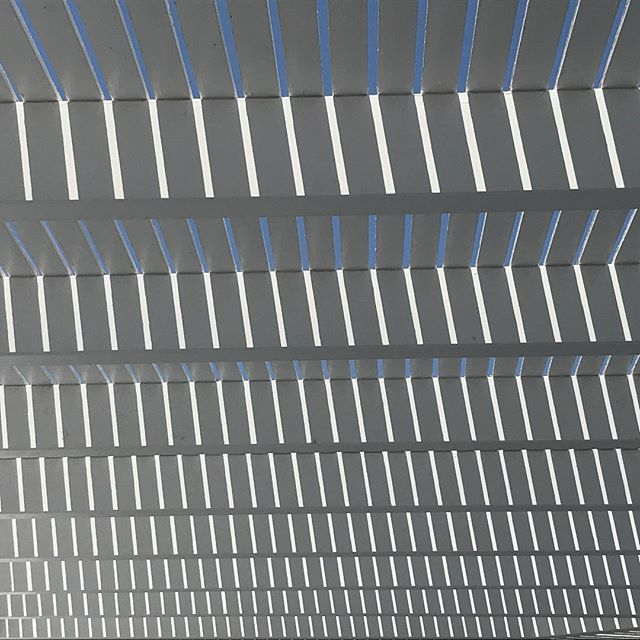 Sun screen. #oia #santorini