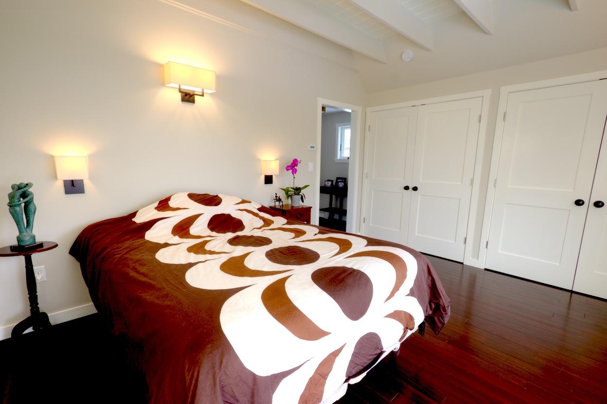 Bedroom007.jpg