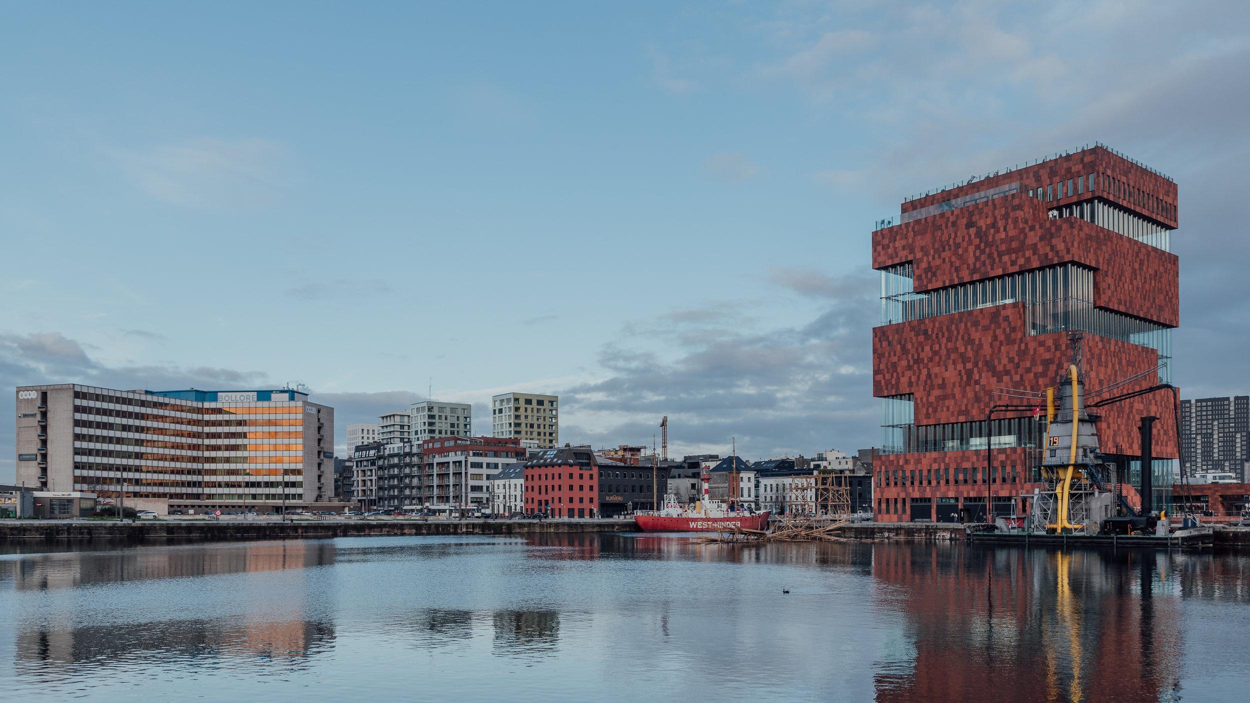 Antwerp-7944-2.jpg