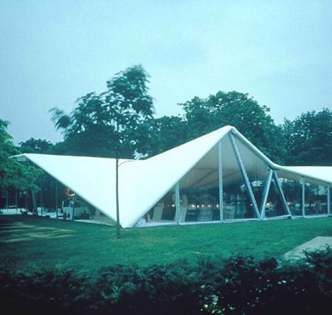 RIP Zaha Zadid (Serpentine Gallery Pavilion) #tooyoung