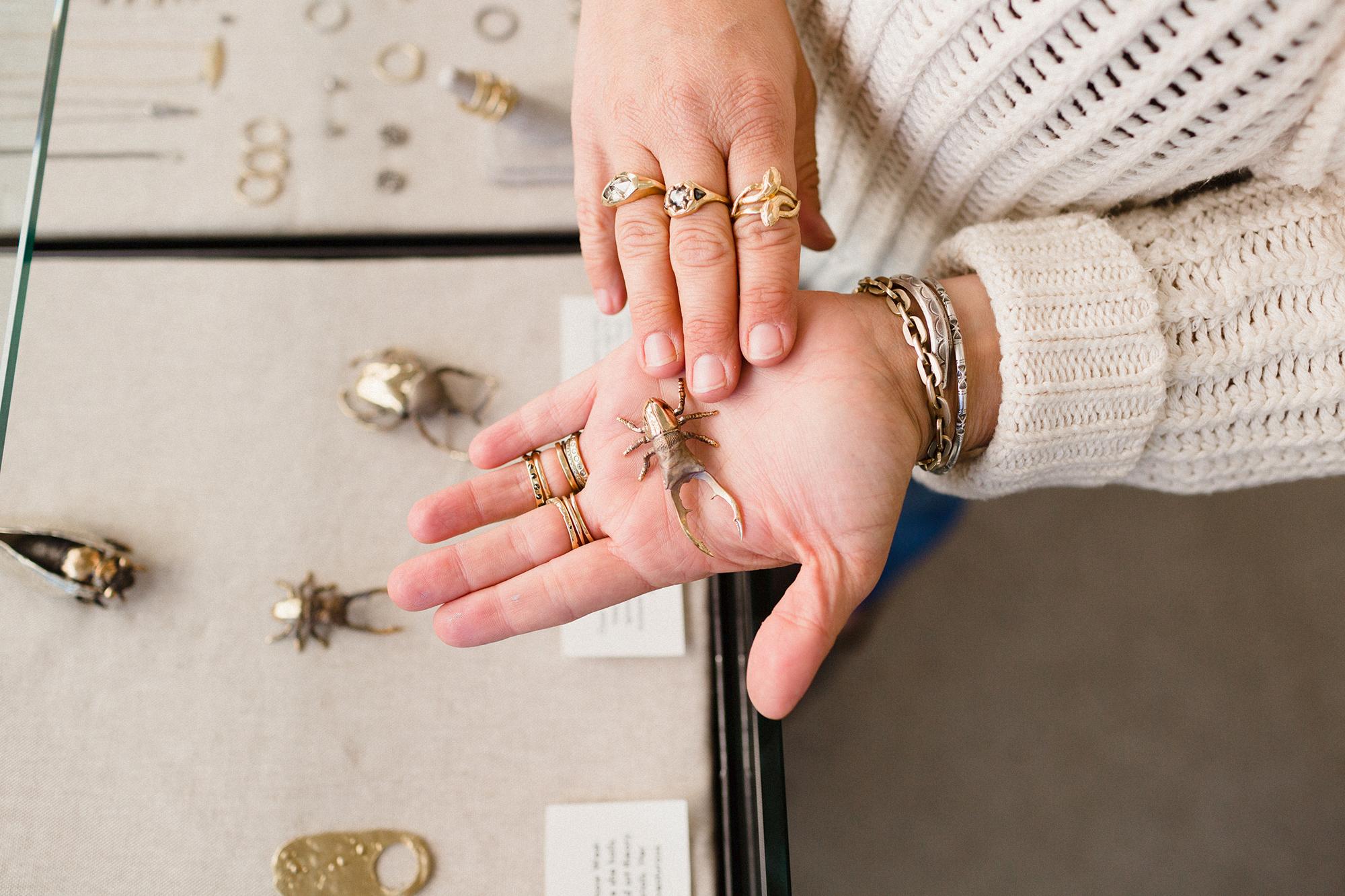 Esqueleto Jewelry Shop