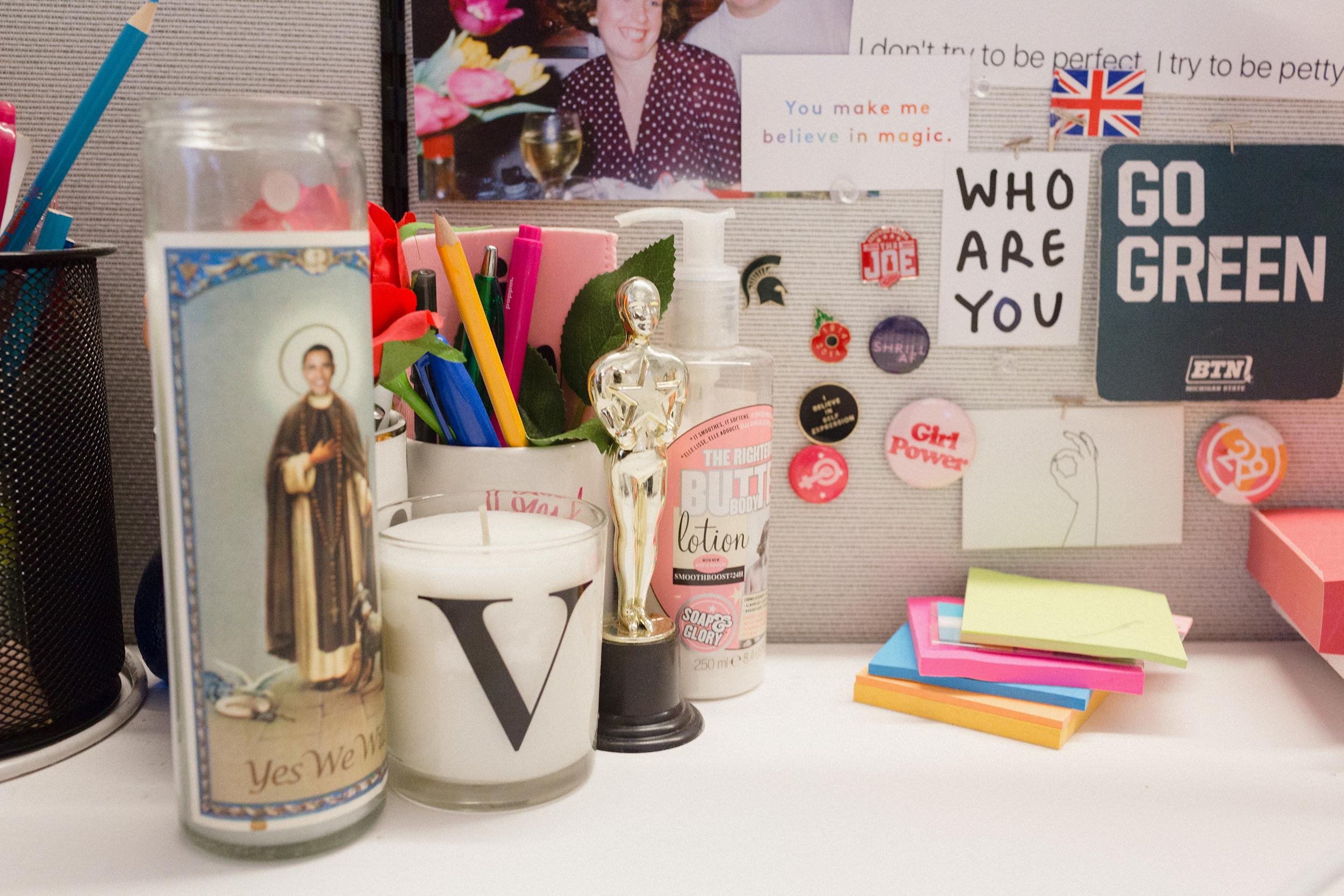 Victoria Tomkinson's Desk