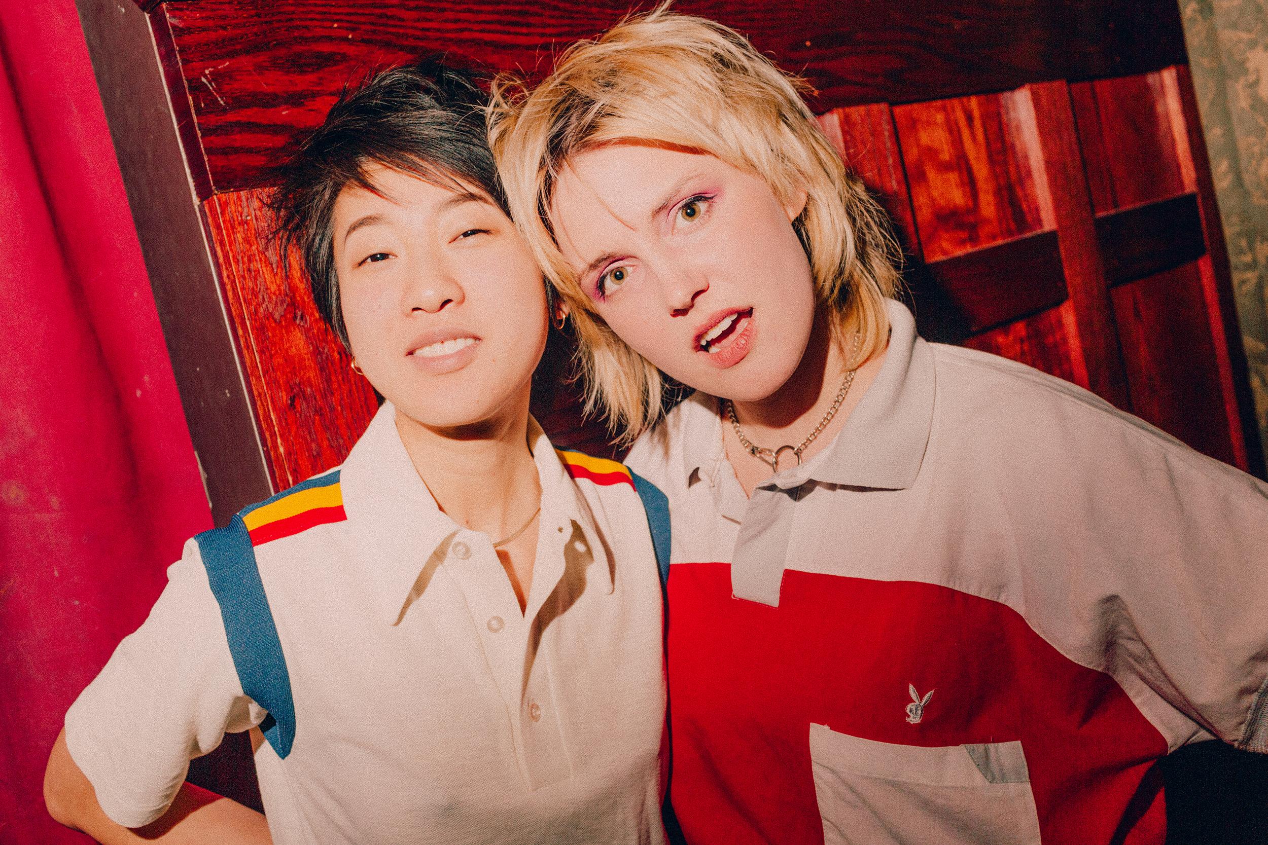Jes Tom & Tessa Skara