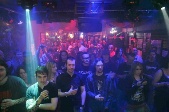 The Moorings crowd