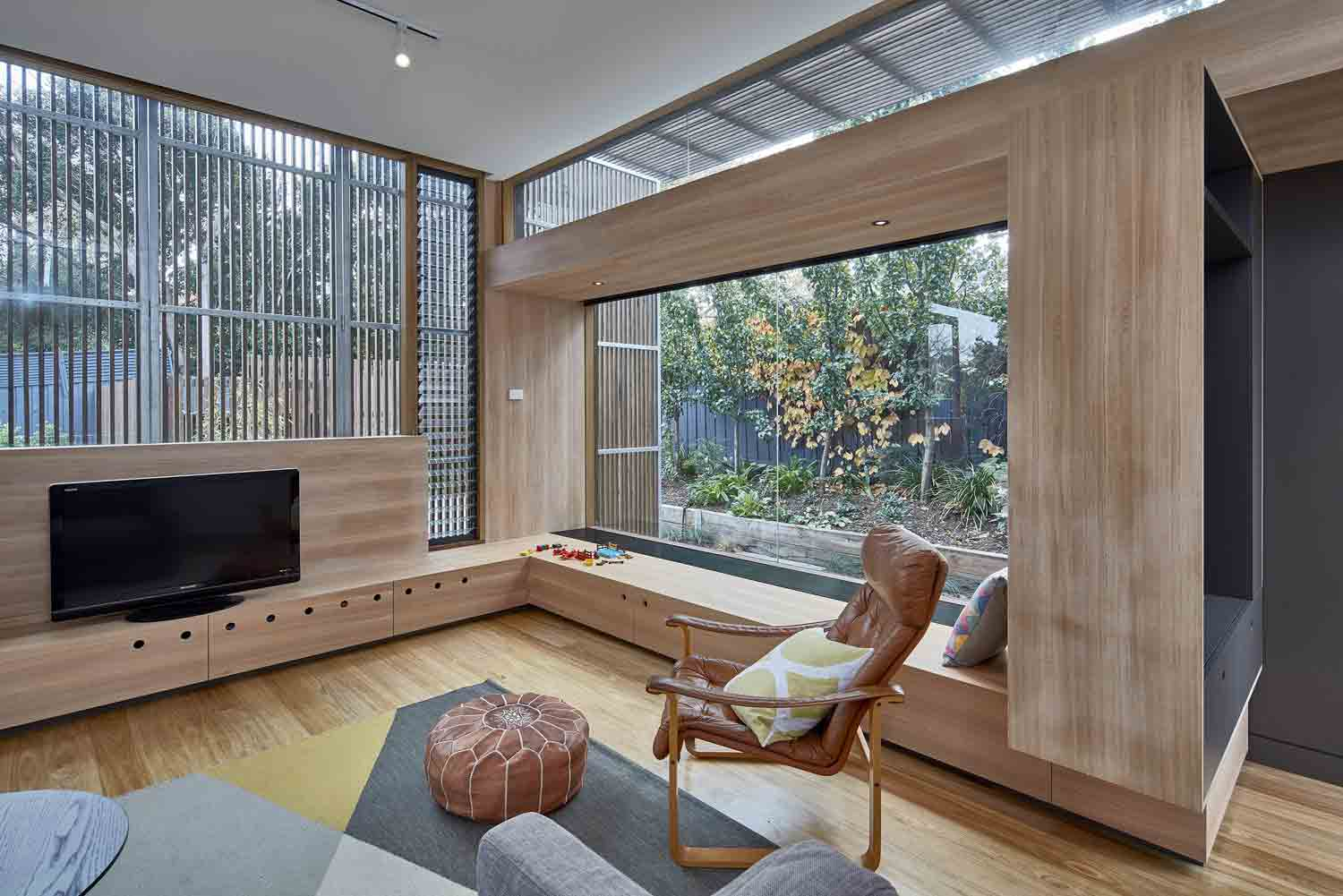 screen–house–camberwell–renovation–by-warc-studio-architects-06.jpg