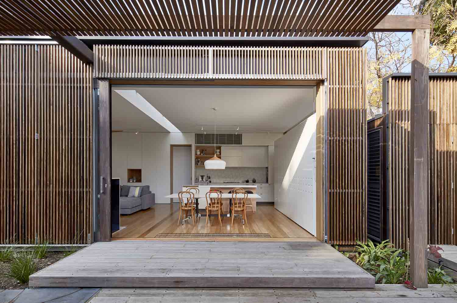 screen–house–camberwell–renovation–by-warc-studio-architects-19.jpg
