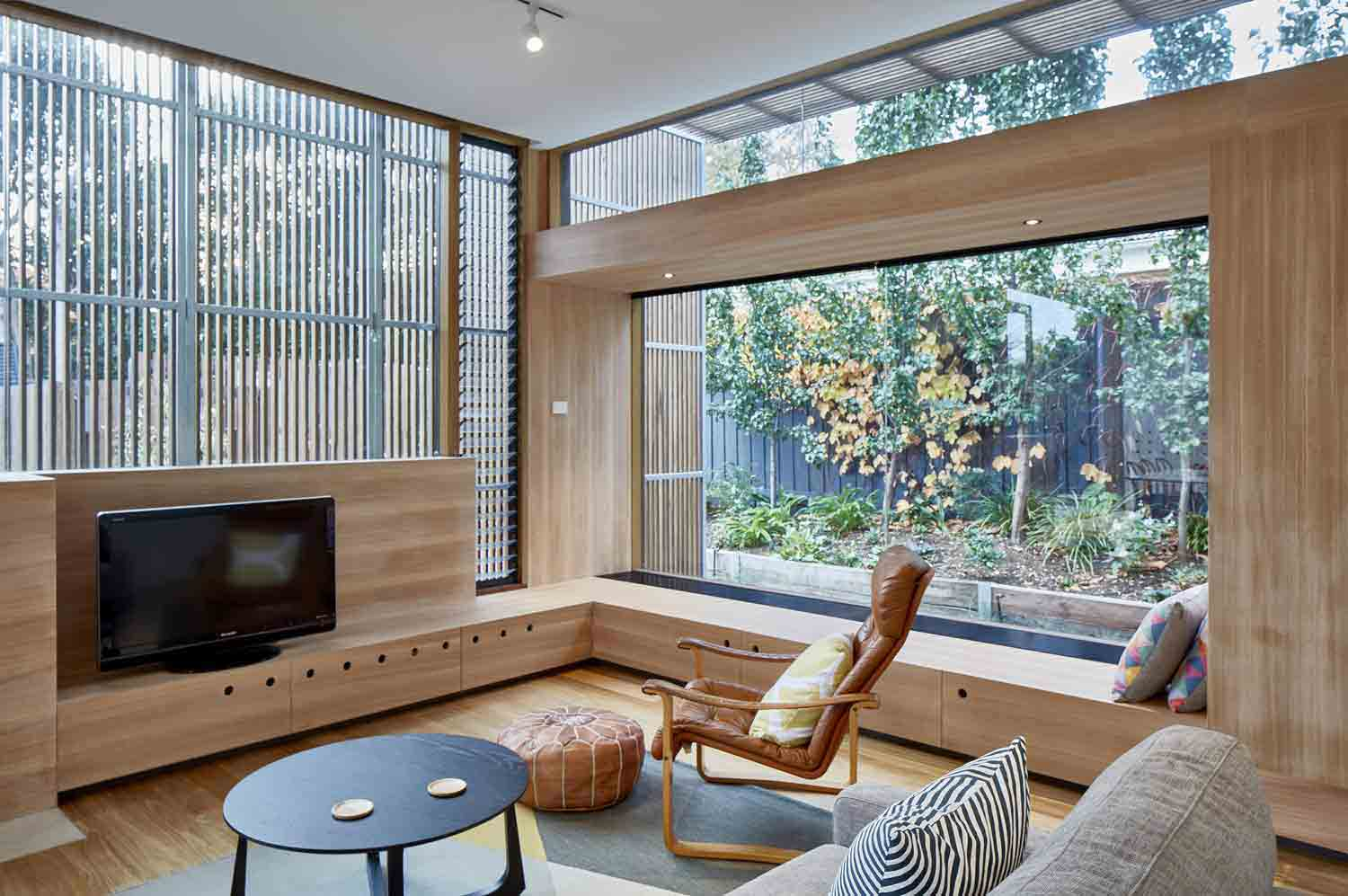 screen–house–camberwell–renovation–by-warc-studio-architects-32.jpg