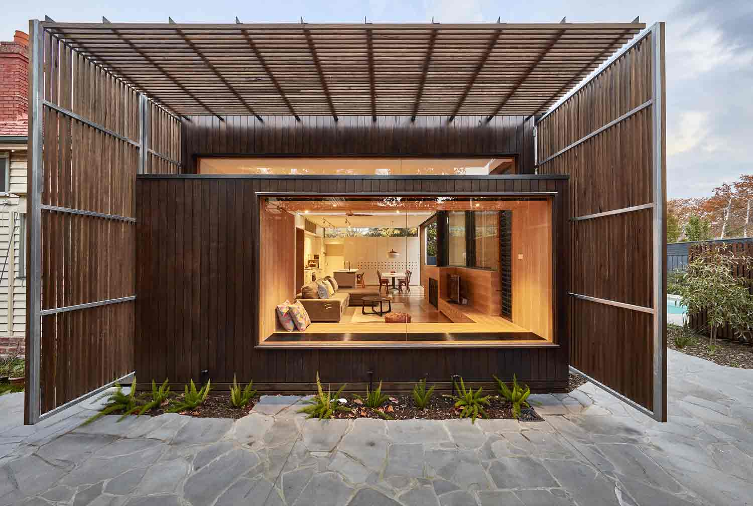 screen–house–camberwell–renovation–by-warc-studio-architects-53.jpg