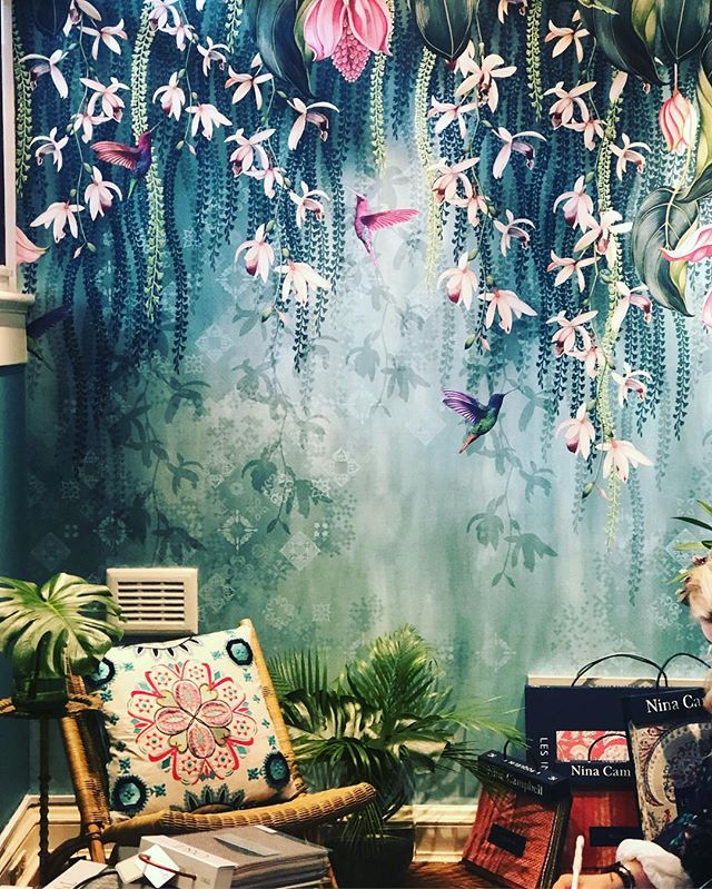 We hope you're enjoying this glorious sunny Easter Weekend. This is a little throw back to when we went to #londondesignweek and fell in love with this @osborneandlittle wallpaper, full of trialing orchids and hummingbirds. If you fancy a statement wallpaper - remember we are experts at hanging it for you.