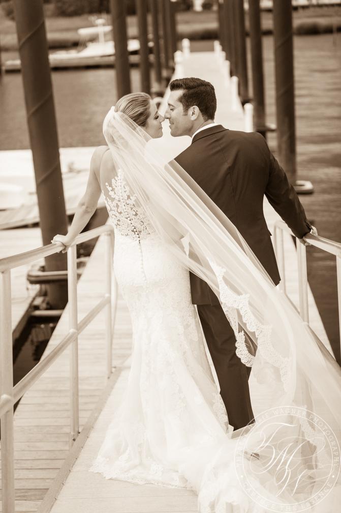 Romantic B&W wedding photo