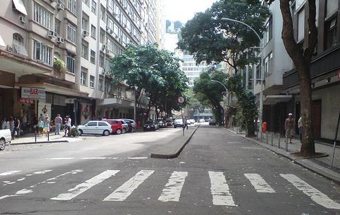 Avenida Prado Júnio em Copacabana, Rio de Janeiro