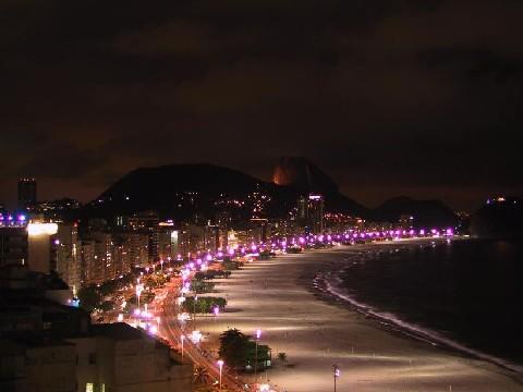 1458-praiadecopacabananoite01.jpg