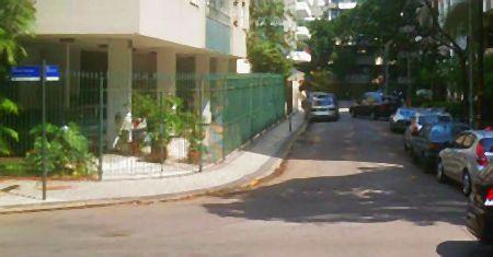 Rua João de Barros no Leblon