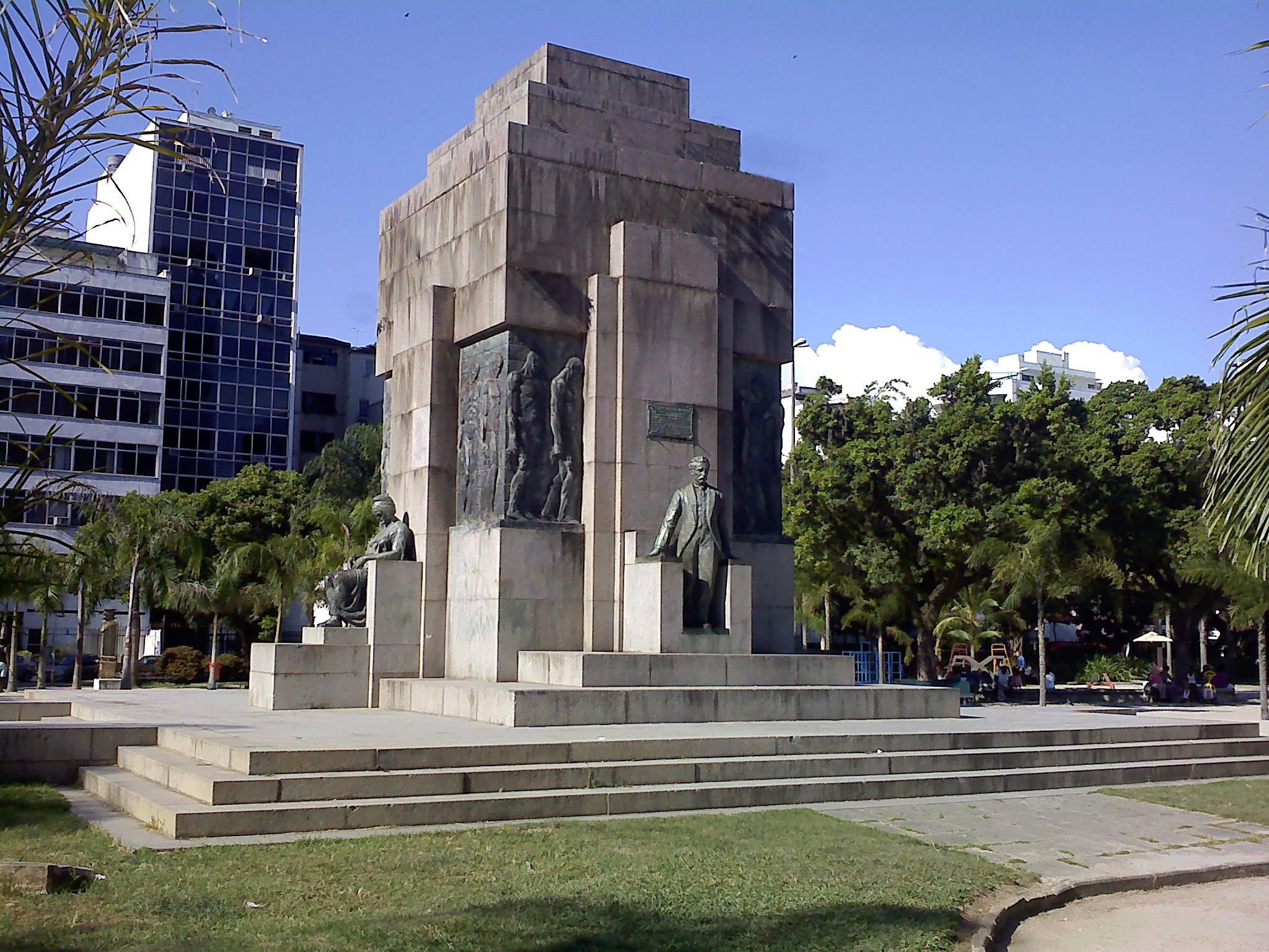 Monumento em Homenagem a Pinheiro Machado