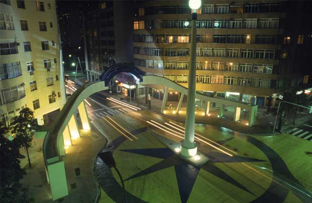 Avenida Henrique Dumont esquina com Visconde de Pirajá em Ipanema, Rio de Janeiro