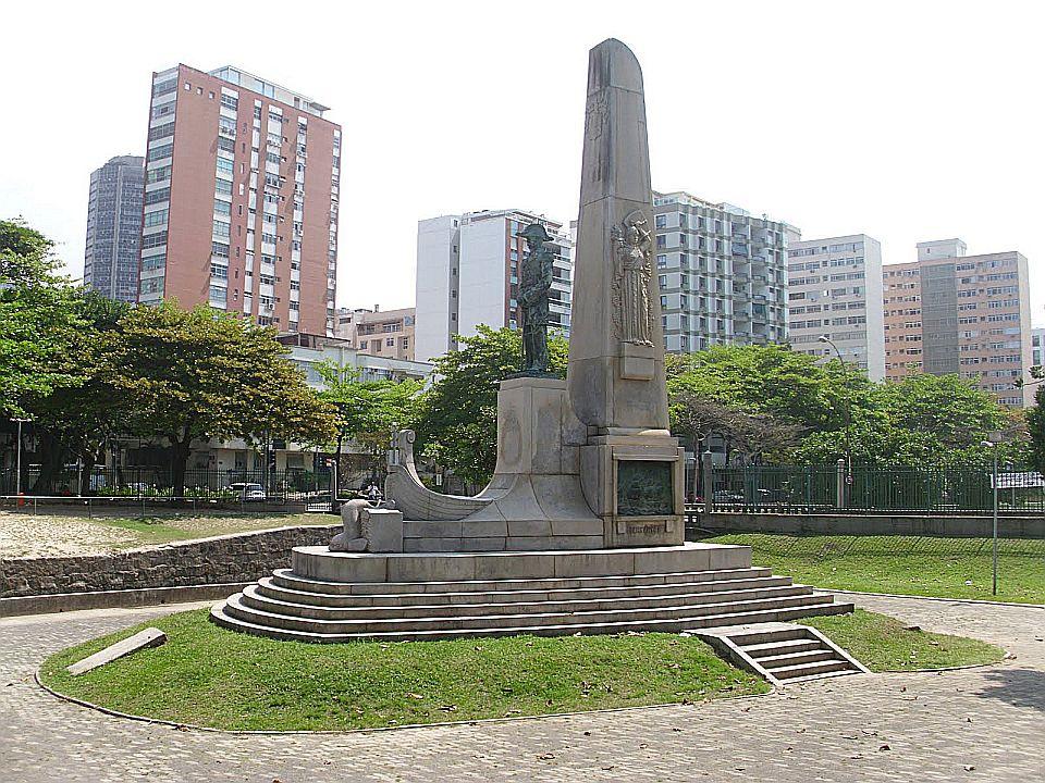Praça Almirante Saldanha da Gama em Ipanema, Rio de Janeiro