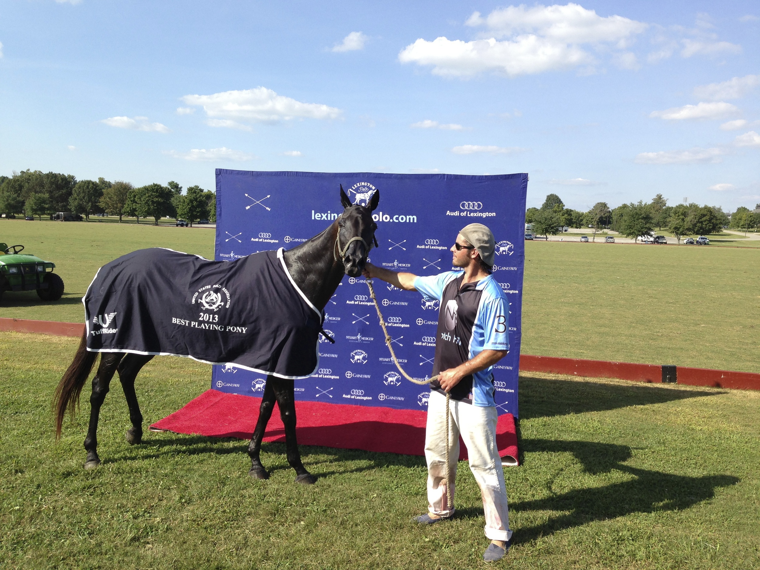 """National Amateur Cup - Best playing pony """"Blue"""" owned and played by Luis Ansola"""