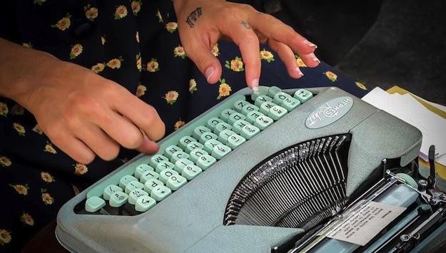 Jacq-Suskin-Poet-typewriter-keys.jpg