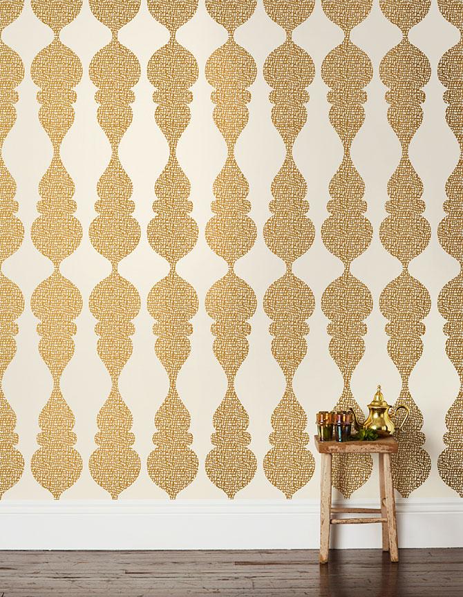 6_KarlaPruitt_CarvedOgee_White-Gold_Room_1024x1024.jpg