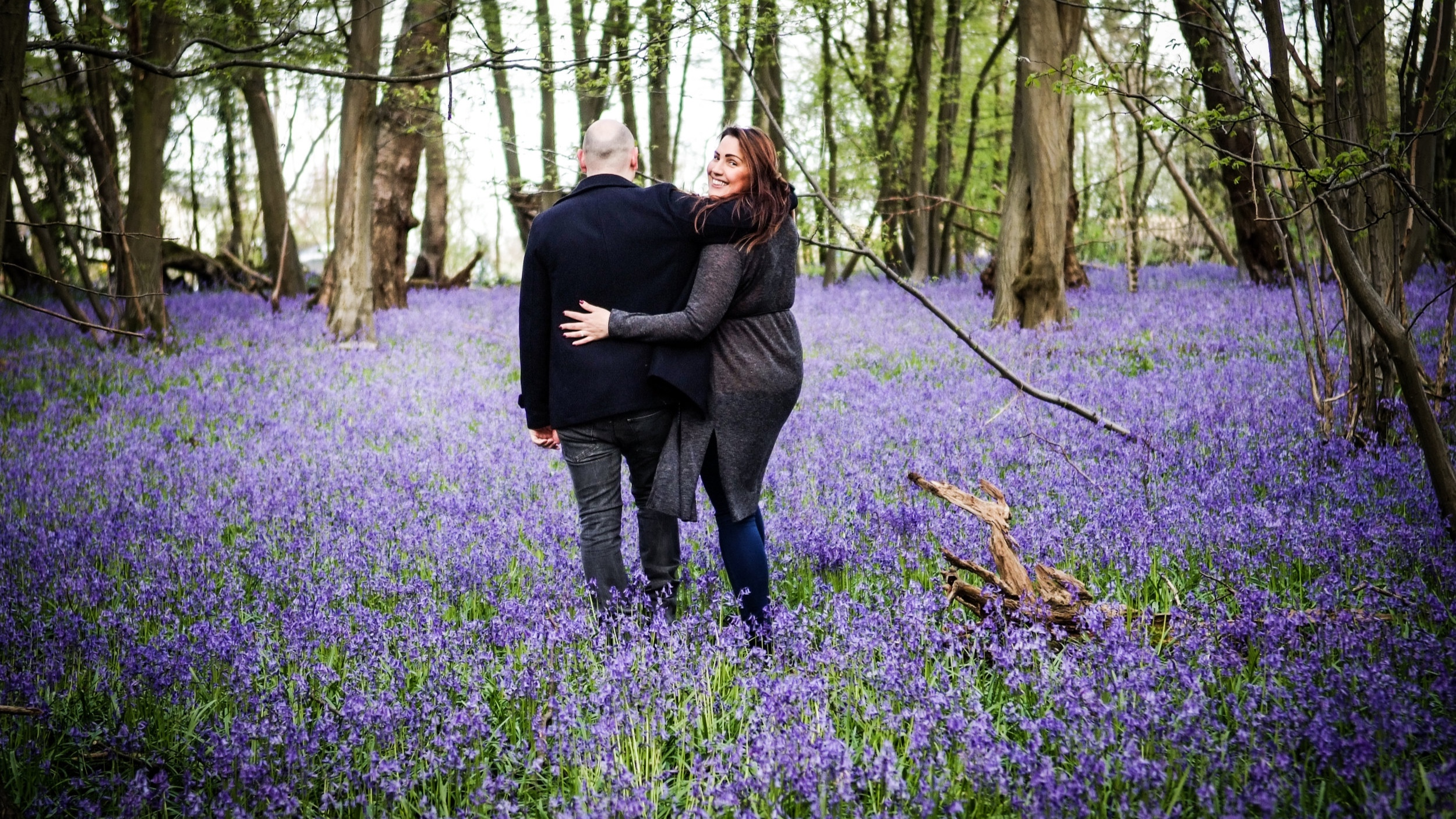Engagement+photoshoot+photography+by+photographer+in+St+Albans+Herts.+outdoor+pictures+of+couple-9.jpg