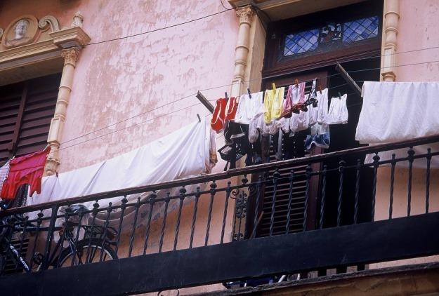 Old havana cuba laundry line