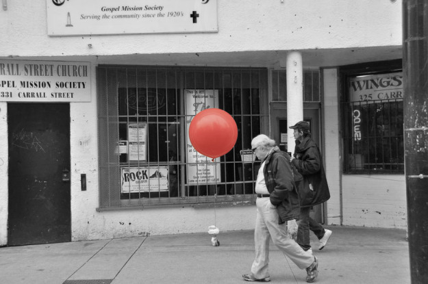 Vancouver downtown eastside red balloon street photography