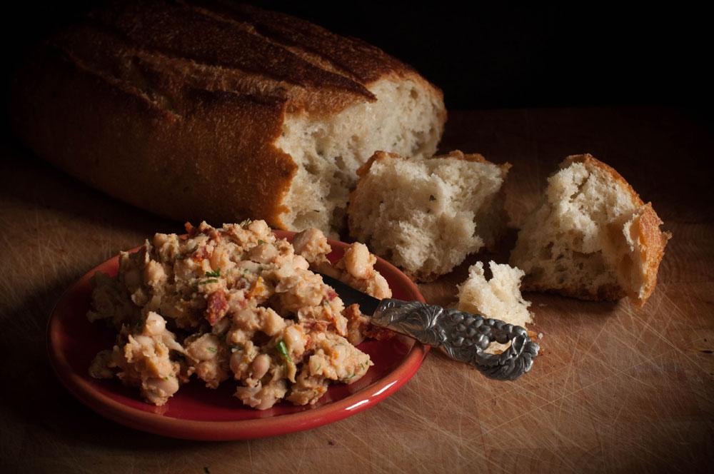 food photography sundried tomato bean spread bread