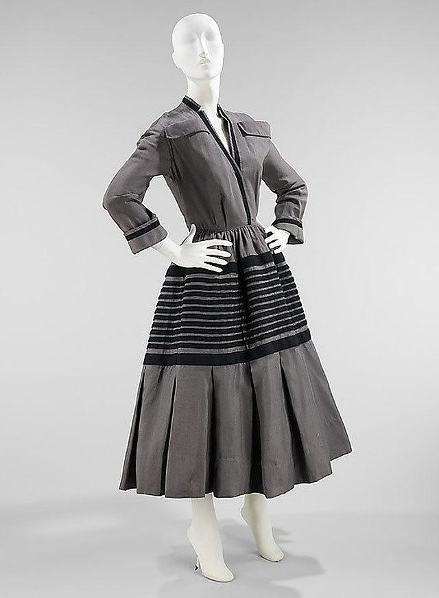 dress by Christian Dior, 1948-49. source Metropolitan Museum of Art