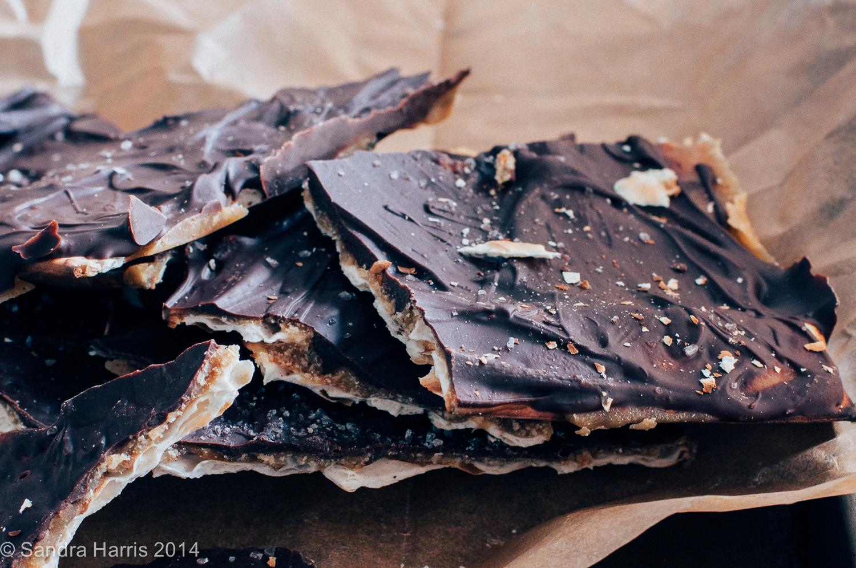 toffee chocolate matzoh crunch