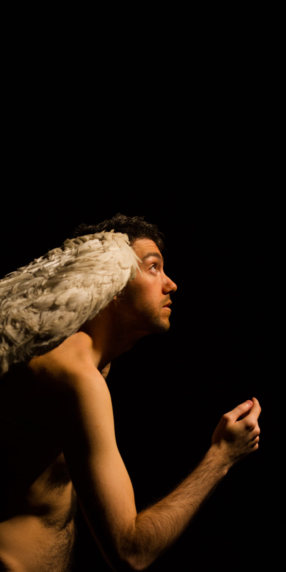 """Santino - Growing wings"" (2014) Created by Jacek Ludwig Scarso in co-production with Elastic Theatre Photography Assistant: Gerard Puigmal Performers: Antony Baker and Daren Pritchard Copyright Jacek Ludwig Scarso / Elastic Theatre 2014"