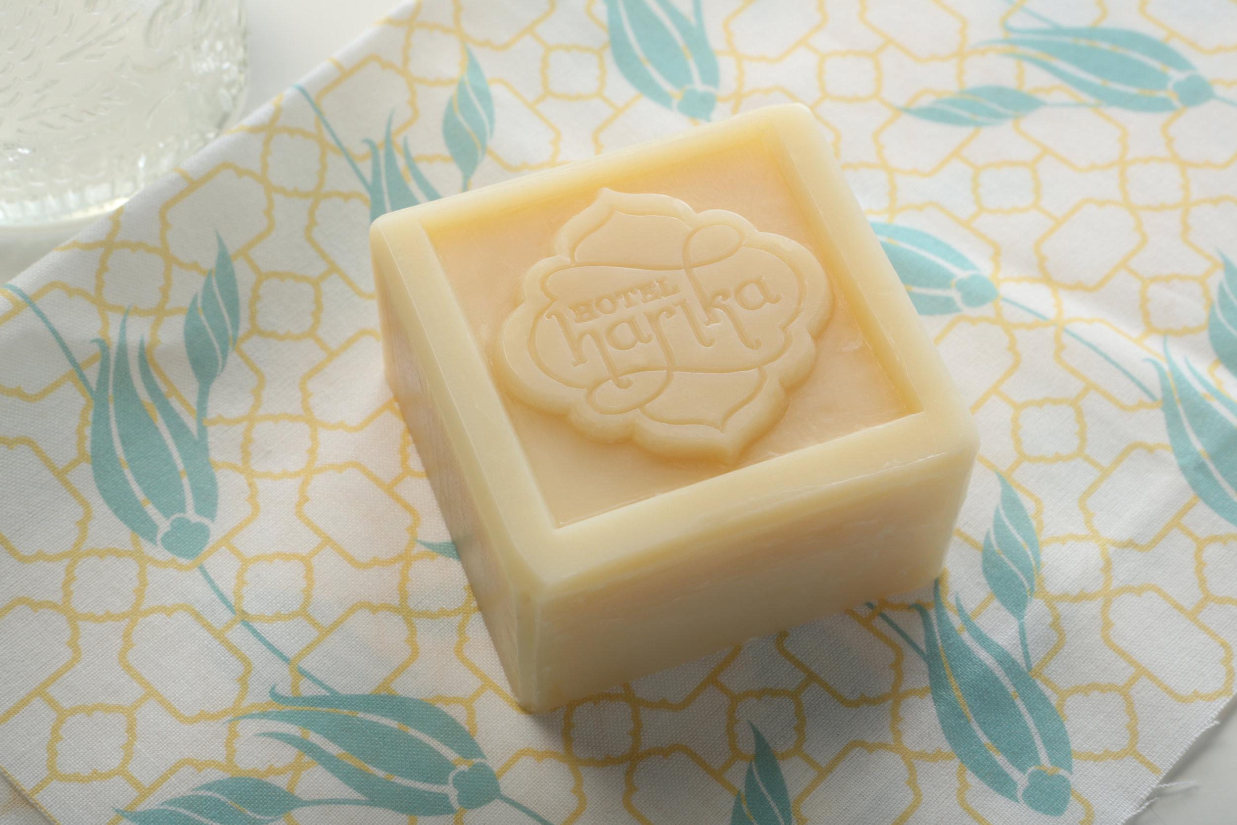 harika_soap detail.jpg