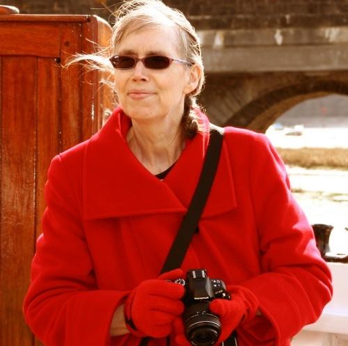 Author Felicity Lennie