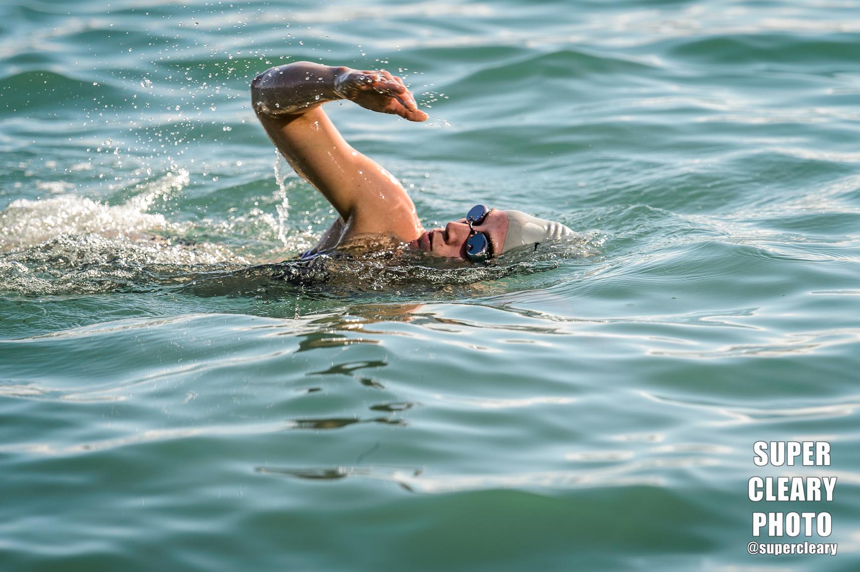 Chelsie Morter during the Sit-Shoot-Swim event. Nikon D4, Nikon 70-200, 1/1000th, f4.0, ISO 100
