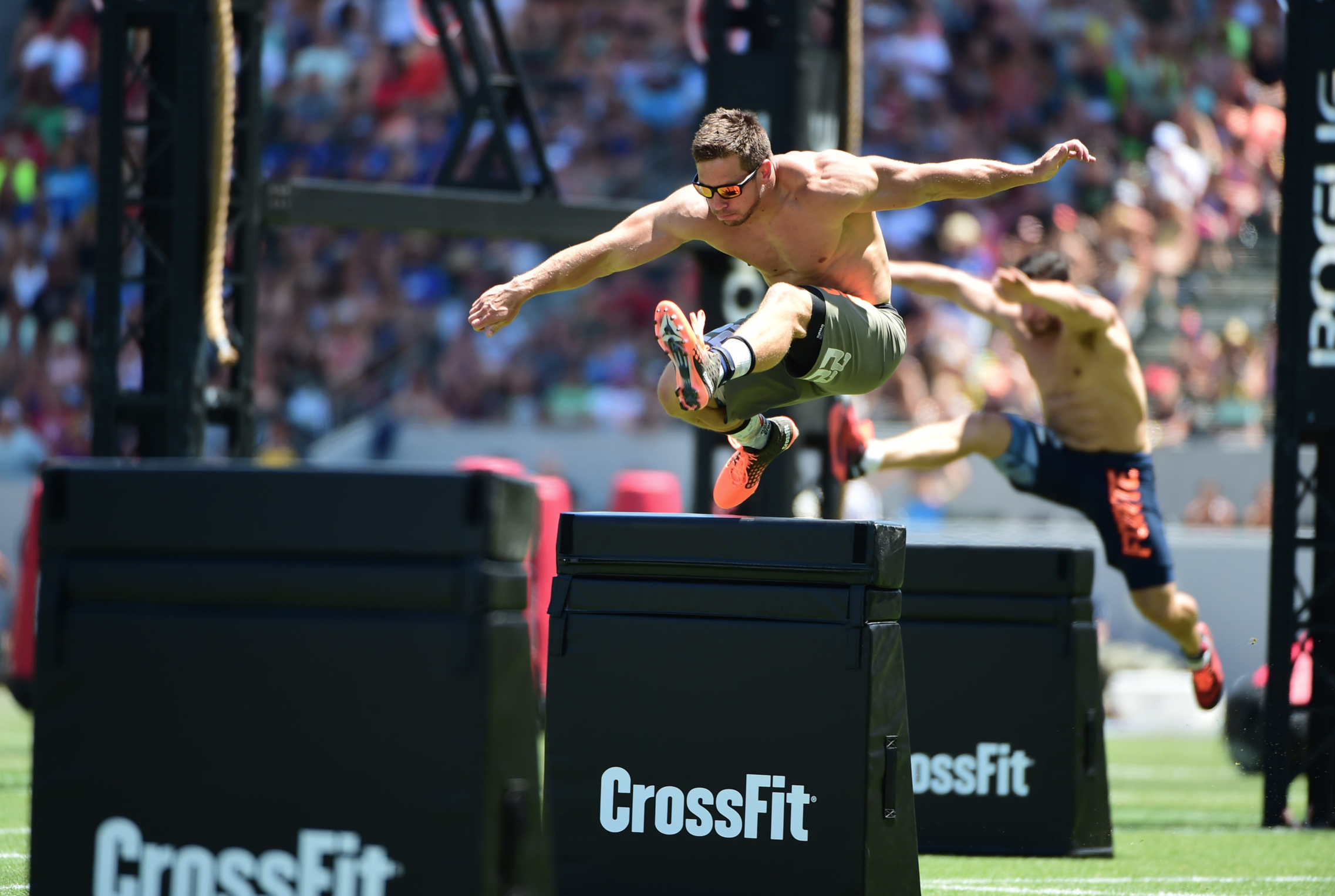 Dan Bailey taking on the Obstacle Course at the 2015 CrossFit Games, Nikon 200-400 with 1.4x, Nikon D4s --  Copyright CrossFit Inc, 2016, all rights reserved