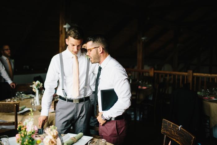 byron_colby_barn_wedding_0008.jpg