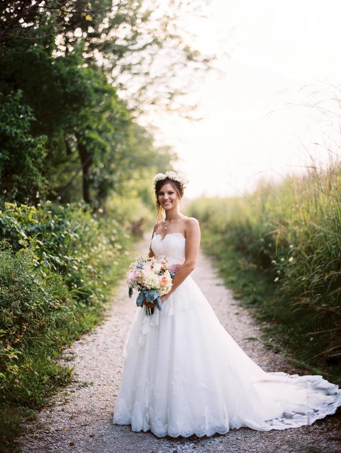 byron_colby_barn_wedding_0028.jpg