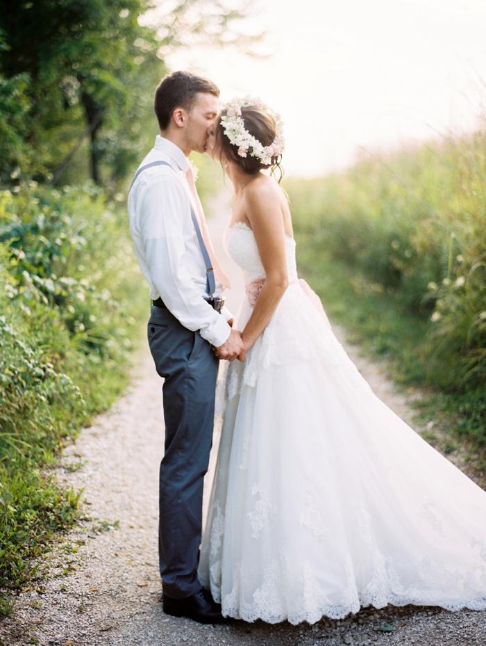 byron_colby_barn_wedding_0052.jpg