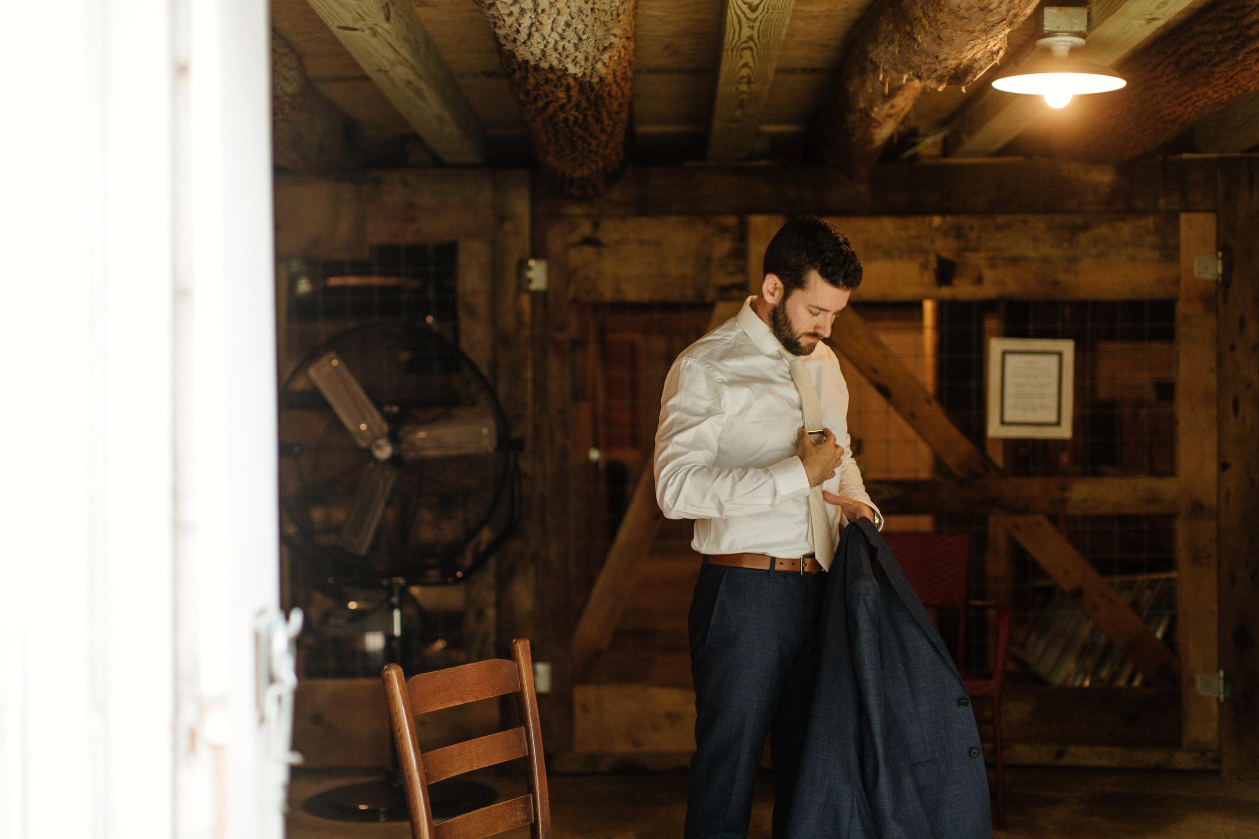 01-Smith-Wedding-Getting-Ready-063.jpg